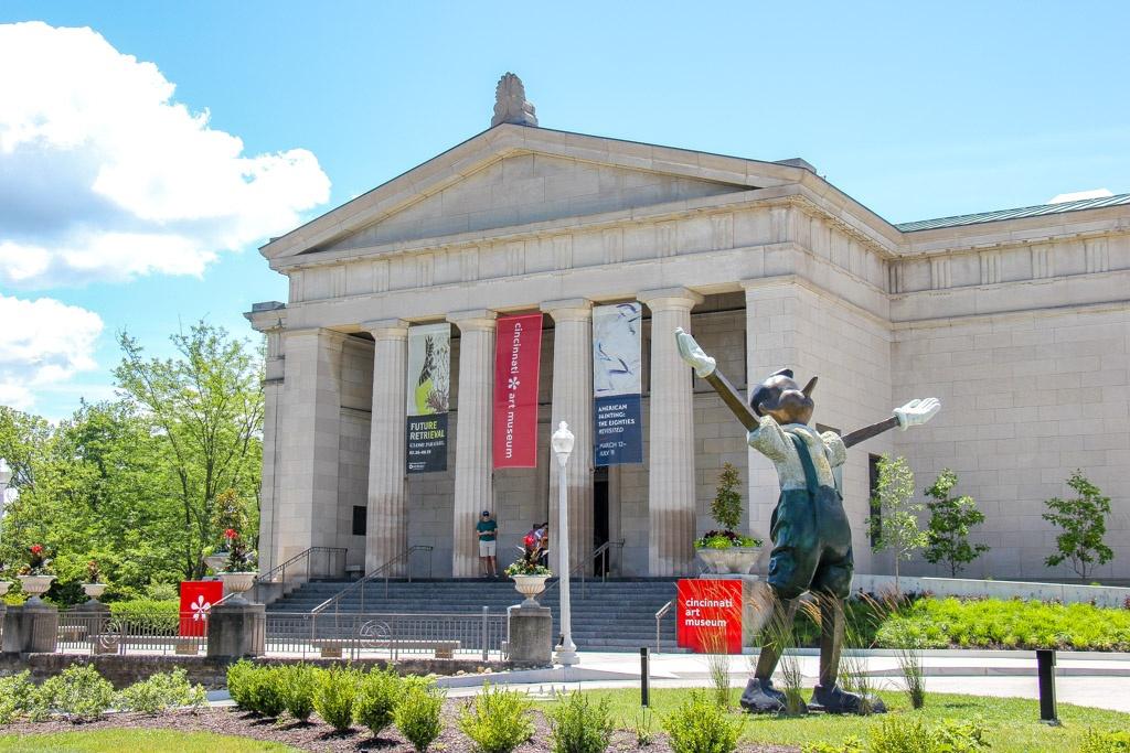 Visit the Cincinnati Art Museum