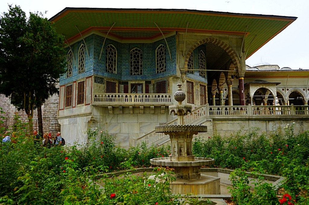 Things to do in Istanbul: Topkapi palace