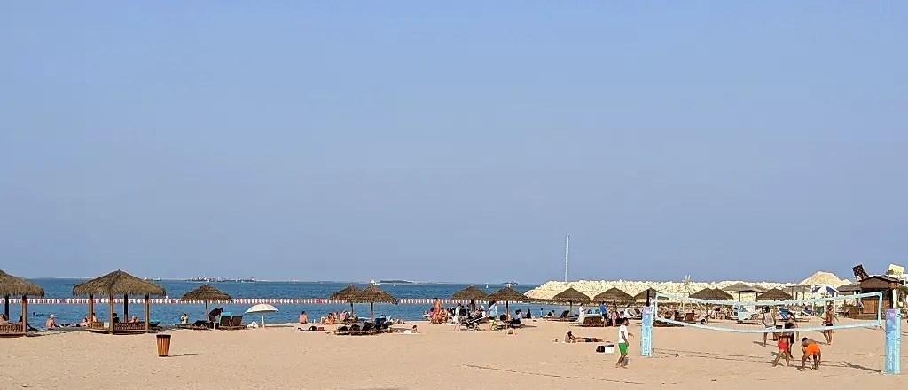 Pearl Qatar public beach
