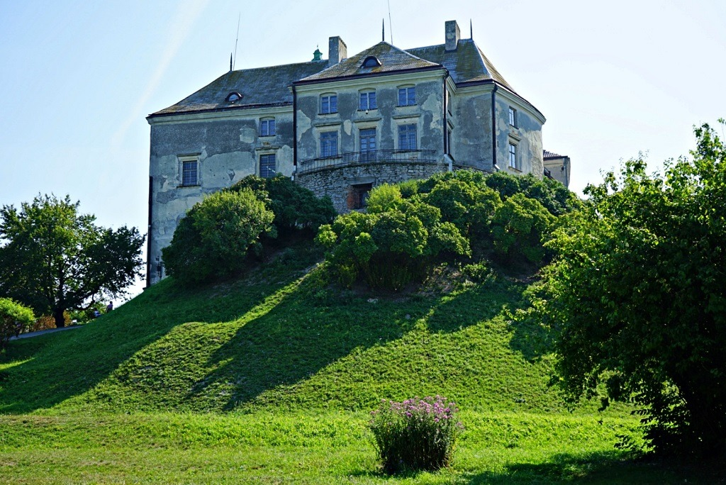 Romantic Spots In Lviv: Olesko Castle