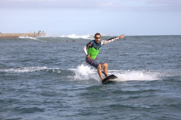 Jet Surf Canary - Winter (1)
