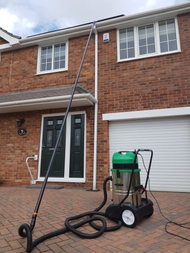 Gutter Cleaning Grimsby, Gutter Cleaning Cleethorpes, Gutter Cleaning Louth, Gutter Cleaning Scunthorpe, Gutter Cleaning Lincoln, Gutter Cleaning Skegness, Gutter Cleaning Lincolnshire