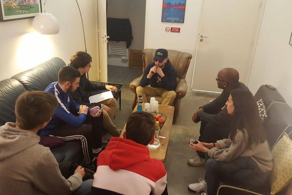 Interview par les jeunes de Monts de l'artiste LACRAPS