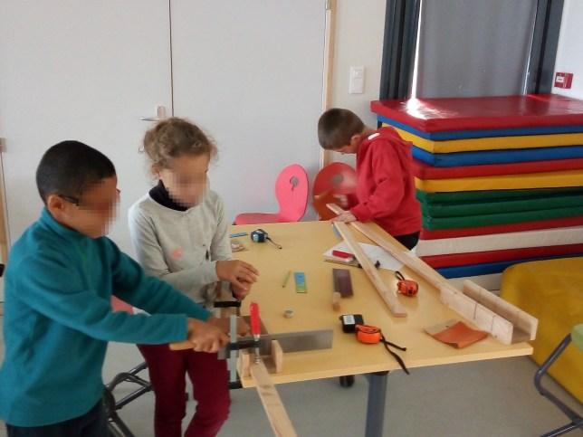 Animation itinérante fabrication de jeux en bois centre de loisirs morbihan bretagne