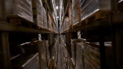 Bienvenue chez Hachette Livre Distribution : vol immersif au cœur de la logistique