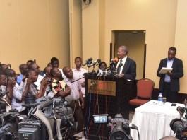 Dr Wilbroad Slaa Akihutubia Serena Hotel Kuachana na Sisa za Vyama 1 Septemba 2015