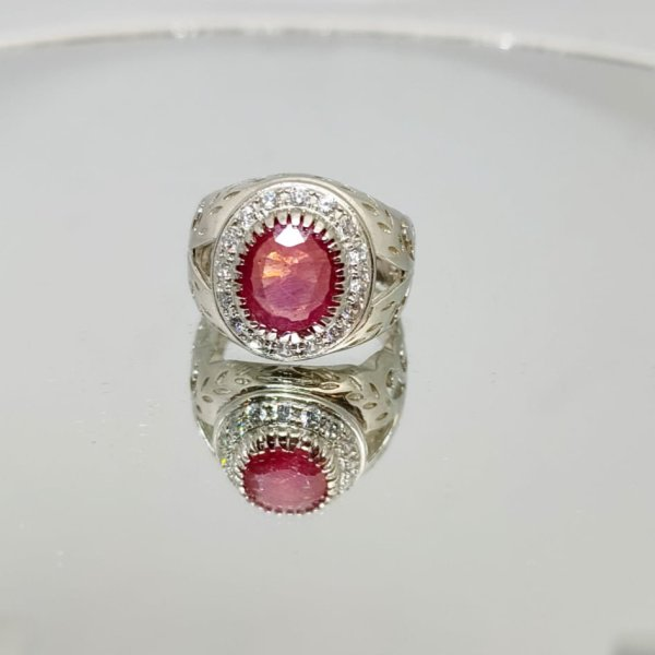 Natural Ruby Ring in 925 Silver