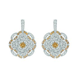 """Particulière"" earrings in 18K white gold set with brilliant-cut brown diamonds and white diamonds CHANEL Joaillerie"