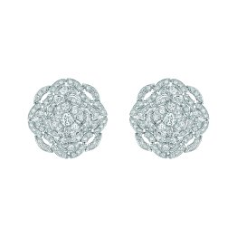 """Secrète"" earrings in 18K white gold set with 206 brilliant-cut diamonds for a total weight of 3.6 carats. CHANEL Joaillerie"