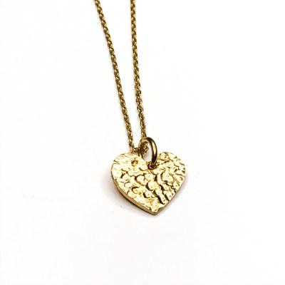 Sparkling Heart lille hjerte med rå overflade i halskæde og lavet i guld