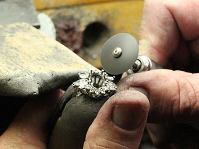 Jewelry Polishing Jewelry Making Process