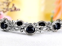 sapphire_bracelet