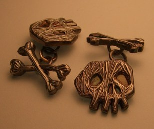 skullcuff.jpg