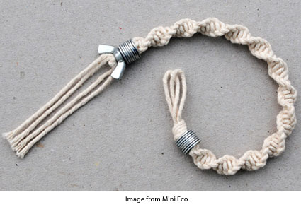 macrame bracelet with a wingnut and washers from Mini Eco