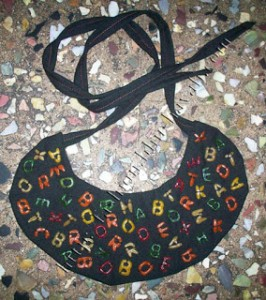 DIY Alphabet Bibs Tutorial