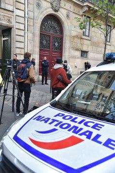 kim-kardashian-paris-attack-scene-5