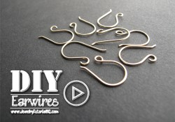 How to Make Earwires {video} - neat trick for making two at a time sot hey match perfectly!