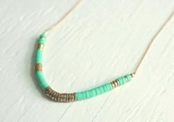 DIY african heishi beaded necklace tutorial