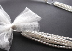 DIY Multistrand (Bridal) Necklace {Video}