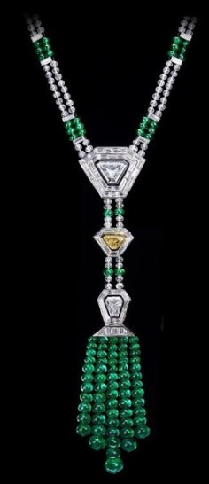 3.27 Trapezoid-shaped diamond, a 1.02-carat vivid yellow trapezoid diamond and a 1.59-shield-shaped diamond with emerald and diamond beads throughout (110.00ctw).