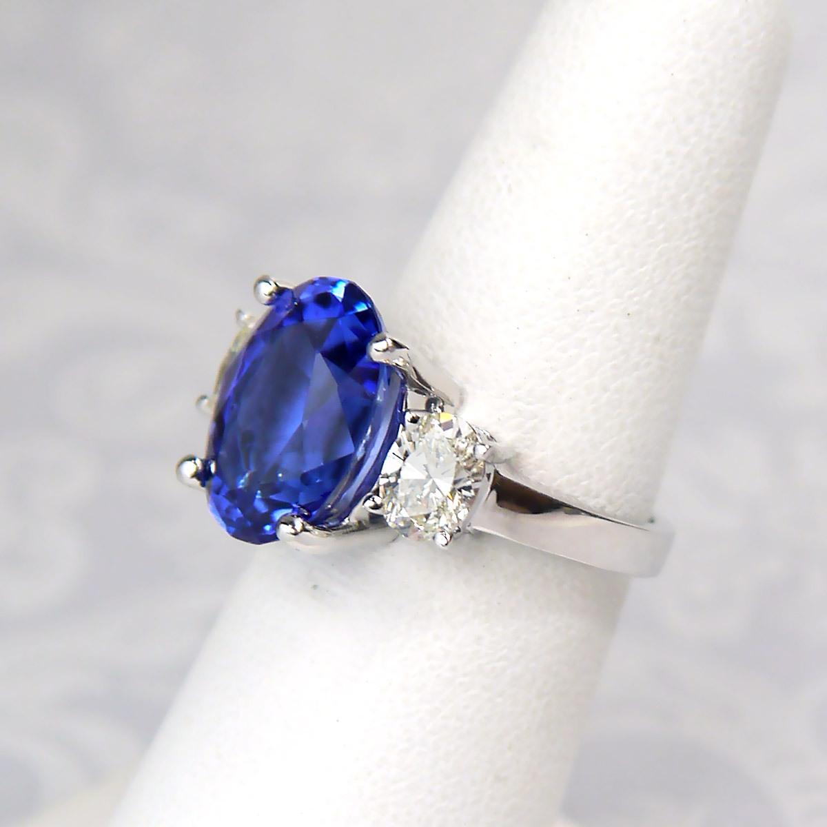 Oval Tanzanite & Diamond Ring in 14K White Gold
