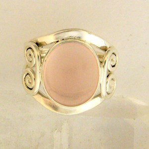 Sterling silver rose quartz ring www.etsy.com/shop/anitashultz