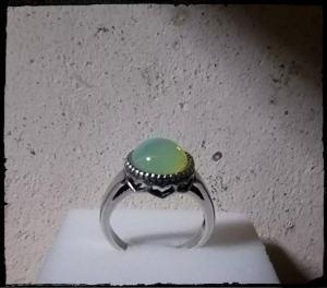 ウランガラス 満月のリング