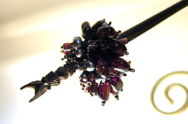 ガーネットとバリの飾り箸のかんざし