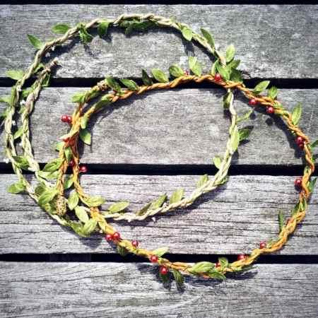 葉っぱと木の実のヘアアクセサリー
