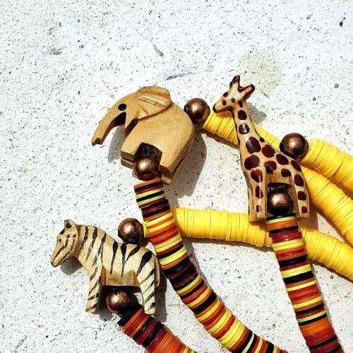 アフリカビニールディスク・レコード盤ビーズと動物のブレスレット