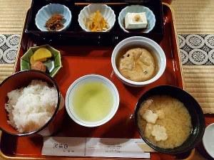 西禅院朝食
