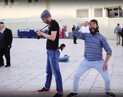 The Hasidic Jew Who Went Viral on YouTube High-Fiving New Yorkers