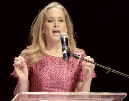 TV Producer, Ilana Wernick, Accepts Orthodox Jewish All Star Award