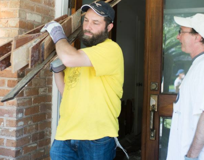 Houston's Jews Rebuild After Hurricane Harvey & Other Orthodox Jews in the News