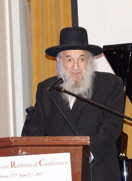 Rabbi Eliezer Ben David, founder and spiritual mentor of Kollel Ohr HaEmet in Great Neck, New York. Photos: Arye D. Gordon