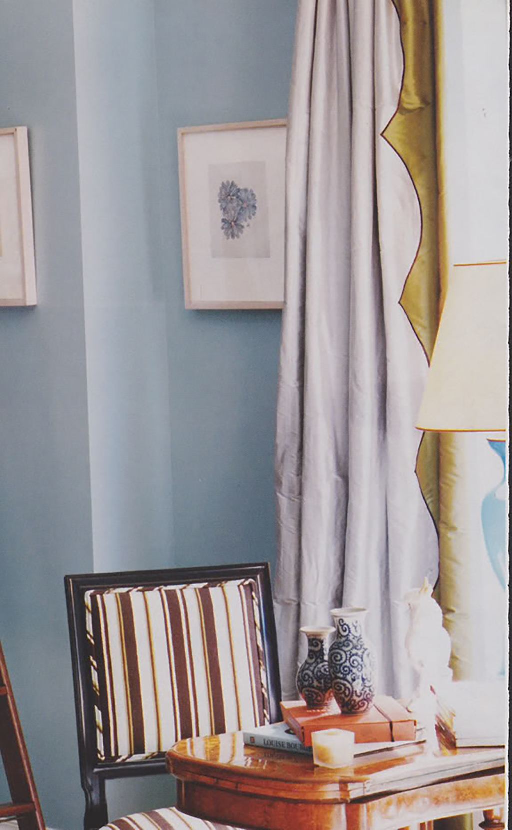 Ivanka Trump's Library in Apartment via Little Green Notebook