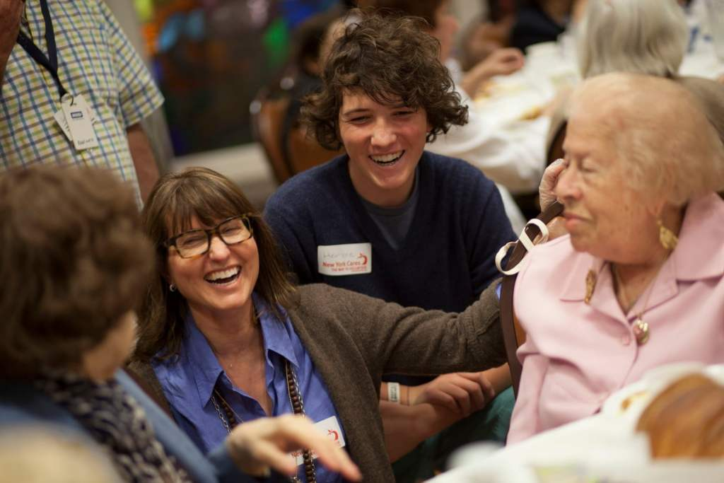 Volunteer jewish federation of greater philadelphia how can you enrich your life help others in need find your passion and strengthen our greater philadelphia jewish communities volunteer your time and solutioingenieria Image collections