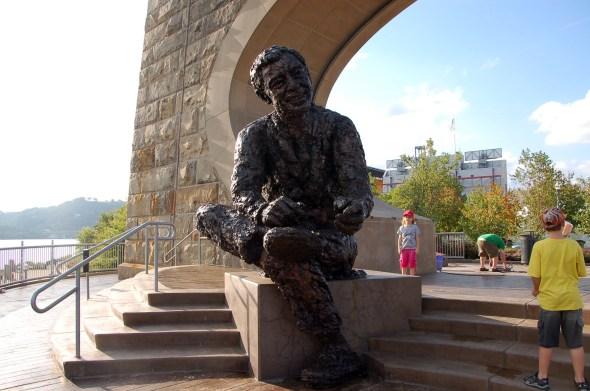 Mr. Rogers Statue, photo by Britt Reints via Flickr.com, Creative Commons License