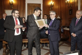 Melilla Premio Mem Guimel a Rafael Catala
