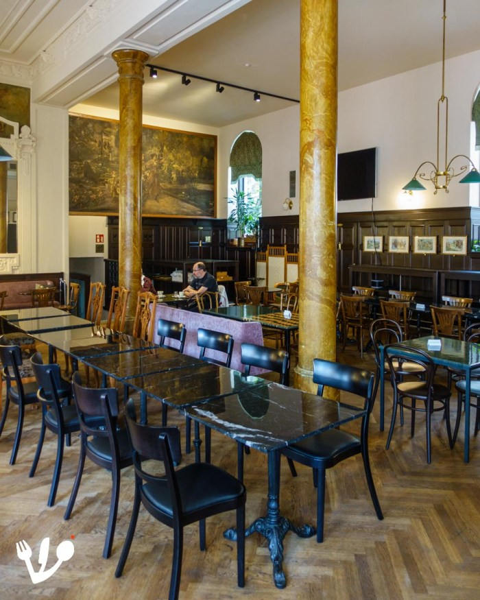 Café Ritter Ottakring coffeehouse Vienna