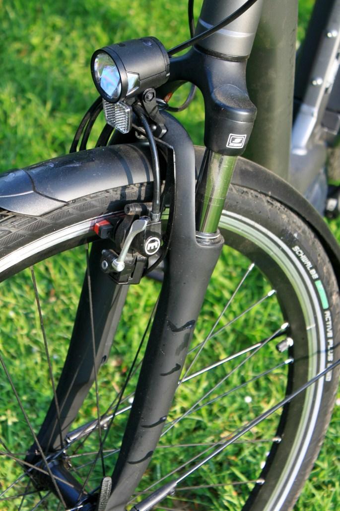 Front suspension & Magura hydraulic rim brakes