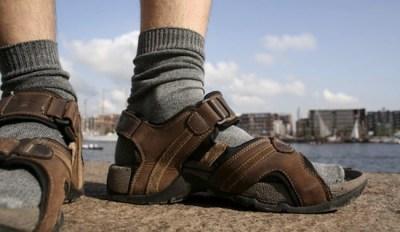 skarpet-w-sandalach