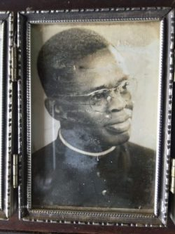 Le 7 octobre 2016, Monseigneur Joseph-Marie NGOUI-AKANDJI fêtera ses 60 ans de vie sacerdotale…