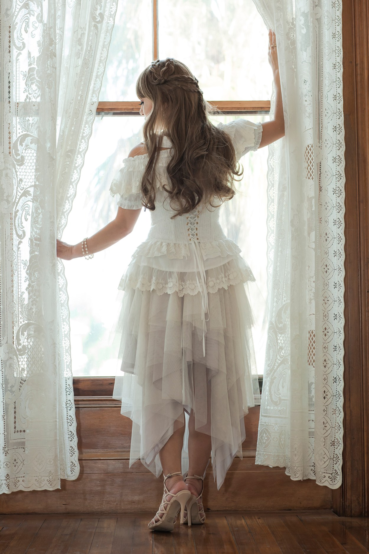 30-Sheglit-Ivory-Dress-Fashion-JFashion-Style-Victorian-Lolita-Moody