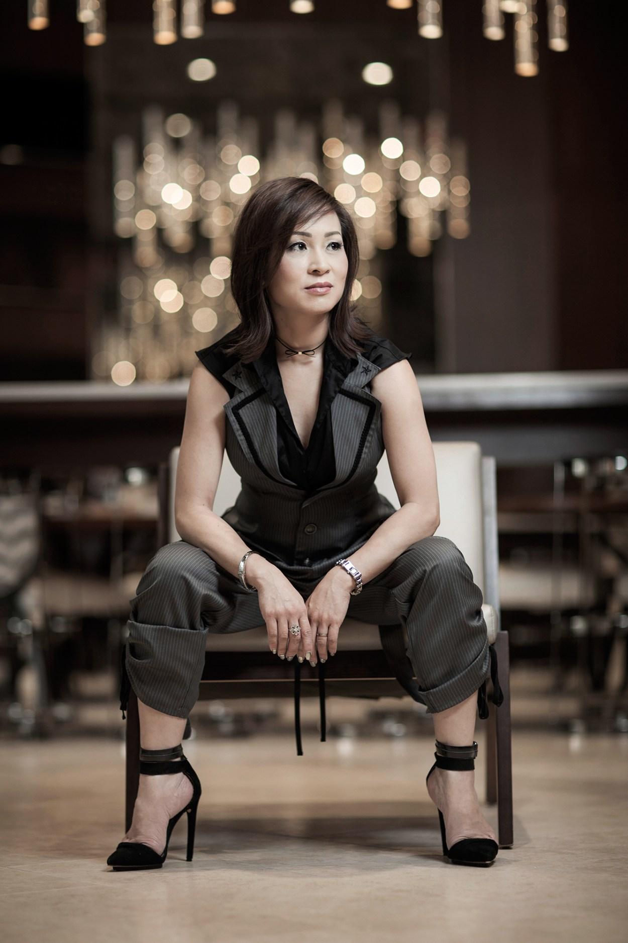 13-Putamayo-Suit-Fashion-Style-Elegant-JFashion-Fashion-Chic