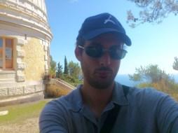 Devant la coupole Charlois (Observatoire de Nice)