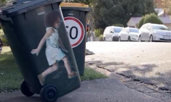 Des autocollants pour sauver la vie des enfants Road Safety Foundation Australie