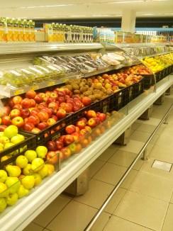 7. Essenciais para uma dieta equilibrada, as frutas são tributadas em 22%.