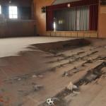 海岸から数百㍍も離れていない浪江町請戸地区の小学校。津波が一階全体を浸水。体育館の様子。2016年5月25日