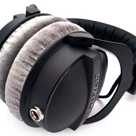 Custom Cans Uber DT770 headphones with modified drivers and detachable litz cable (3.5mm / 6.35mm TRS jack)
